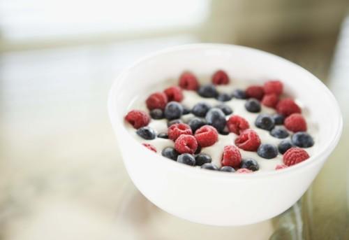 ريجيم الفاكهة والزبادي