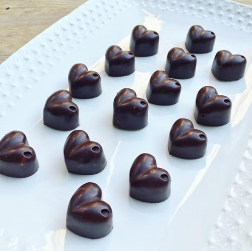 قلوب الشوكولاتة  الخام