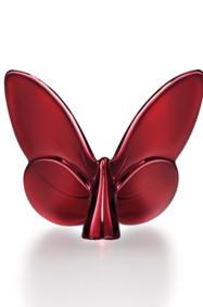 ديكور خاص بالعيد: أضيفي لمسة مميّزة باللون الأحمر!