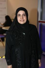 """الدكتورة حصة عبد الله العتيبة: """"أعمل على إبراز الصورة الايجابية لإبنة الإمارات""""!"""