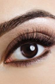اجعلي عينيك أكثر اتساعاً وجاذبيّة