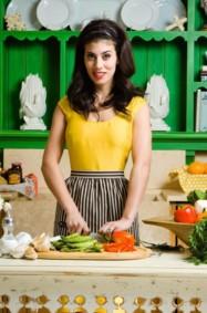 الفتاة التي تعرف الطبخ.. هل مازالت ضمن مواصفات عروس القرن 21 ؟
