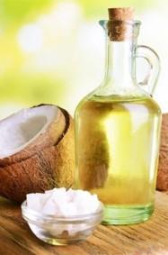 قناع زيت جوز الهند: وصفة سحرية لإنبات الشعر!