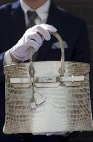 أغلى حقيبة يد مستعملة من Hermes تباع بمبلغ خيالي!