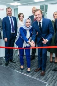هنكل تدشن أول مختبراتها للعناية بالجمال في دبي