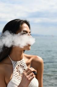 ما هو تأثير التدخين الالكتروني على الجلد؟