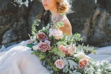 آخر تصميمات باقات الورود في الأعراس!