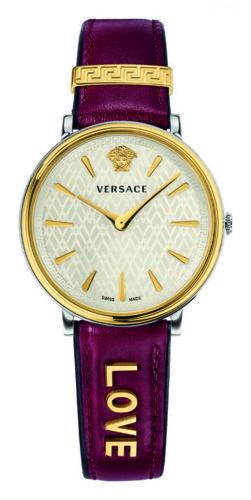 تصميم كلاسيكي وإيجابي من Versace