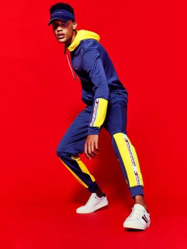 أزياء عصرية بروح رياضية مع Tommy Hilfiger