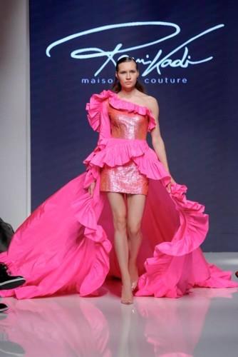 تصاميم راقية في ختام أسبوع الموضة العربي