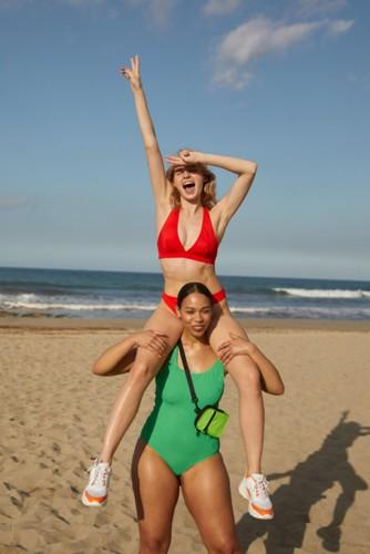 Monki تطرح ملابس سباحة عصرية مستدامة