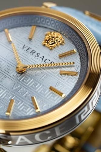 ساعة V-Twist من فيرساتشي