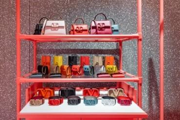 متجر فالنتينو غارافاني المؤقّت الخاص بVSLING في دبيّ