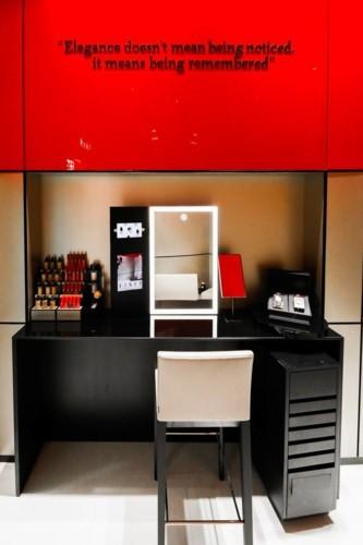 افتتاح متجر جورجيو أرماني الأول للتجميل في دبي