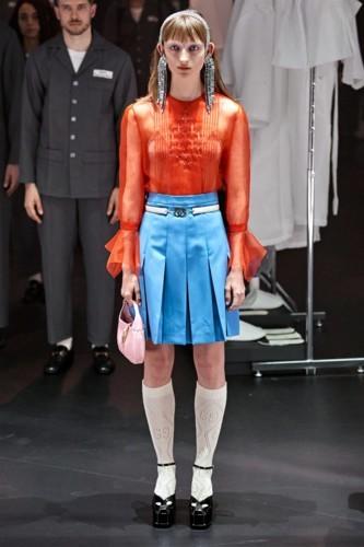 مجموعة غوتشي تحاكي طقوس عرض الأزياء
