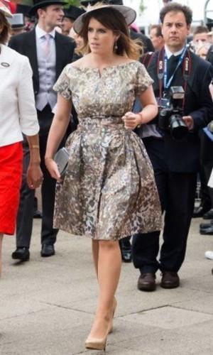 في عيدها الـ30...شاهدي كيف تطوّرت أزياء الأميرة أوجيني