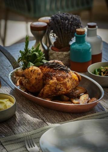 دلّلي نفسك بوجبات فاخرة من مطبخ بروفنسال الفرنسي في مطعم DRIFT دبي