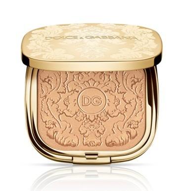 مجموعة الأضواء الذهبية من Dolce & Gabbana