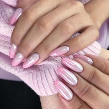 إدعمي حملة التوعية ضد سرطان الثدي بأظافر زهرية