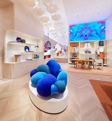 Louis Vuitton ومتجر جديد في دبي مول