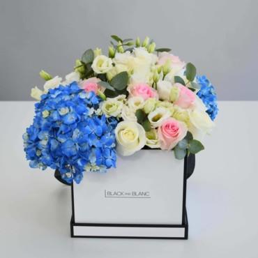 دللي والدتكِ في عيد الأم مع تنسيقات الزهور الأنيقة