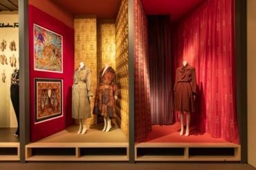 SILK العرض الجديد لمتحف Salvatore Ferragamo