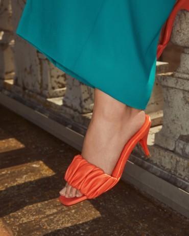 سانتوني تقدّم أحذية رائعة لربيع وصيف 2021