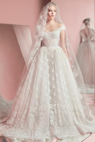 0c94d15818e97 فساتين زفاف من مجموعة زهير مراد 2017