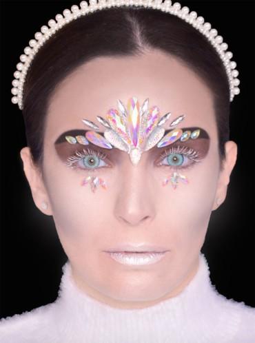 إطلالة ملكة الثلج الشريرة في عيد هالوين