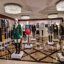 H&M تكشف النقاب عن المجموعة المنتظرة بفارغ الصبر بالتعاون مع دار BALMAIN