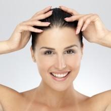 6 خلطات طبيعية لعلاج فراغات فروة الرأس