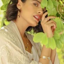 5 قواعد أساسية لتنسيق المجوهرات مع Lana Al Kamal