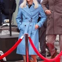 إطلالة ليدي غاغا بالأزرق تثير الجدل