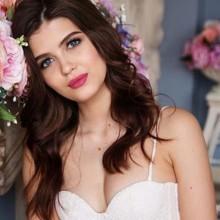 3 خلطات طبيعية لنضارة بشرتك قبل الزفاف