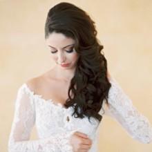 أفضل 3 ماسكات طبيعية للعناية بشعر العروس