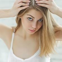 3 خلطات طبيعية لتقشير وتنظيف فروة الرأس