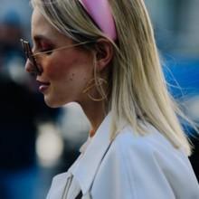 5 طرق عصرية لارتداء عصابة الرأس صيحة شتاء 2020